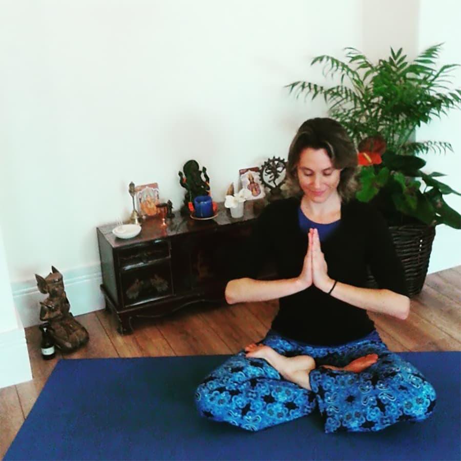 Ana Gilli Namaste